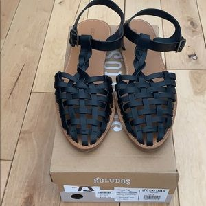 NWT Soludos Black Leather Sandals